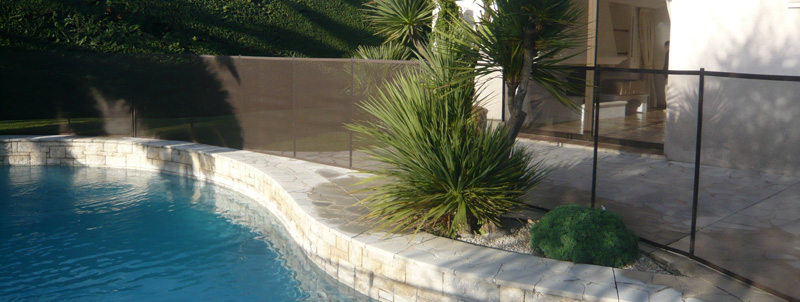 Valla para piscina excellent unin with valla para piscina for Barrera piscina