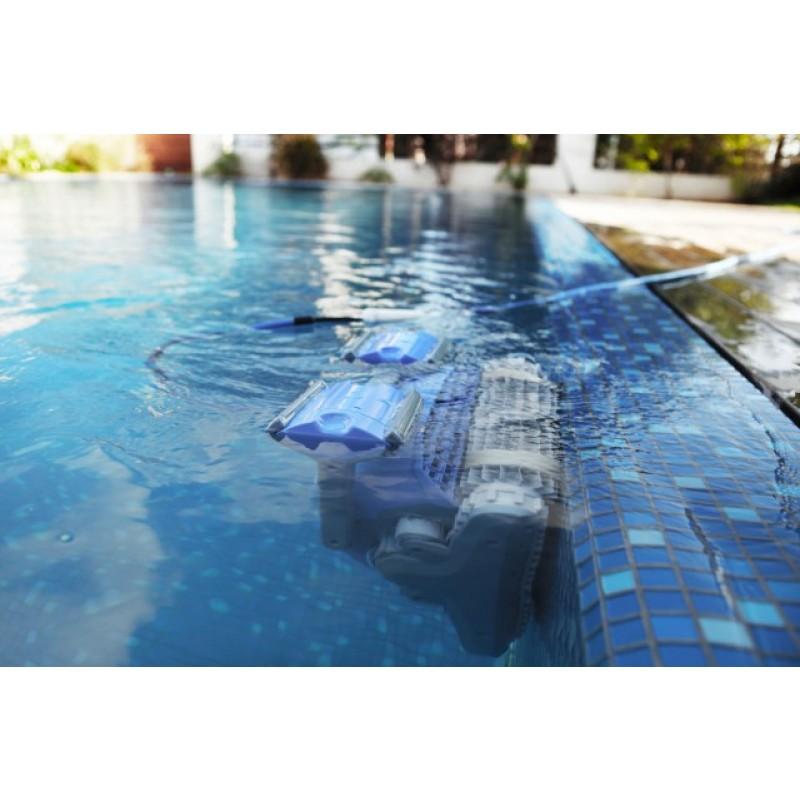 Limpiafondos dolphin supreme m4 pro outlet piscinas for Limpiafondos piscina