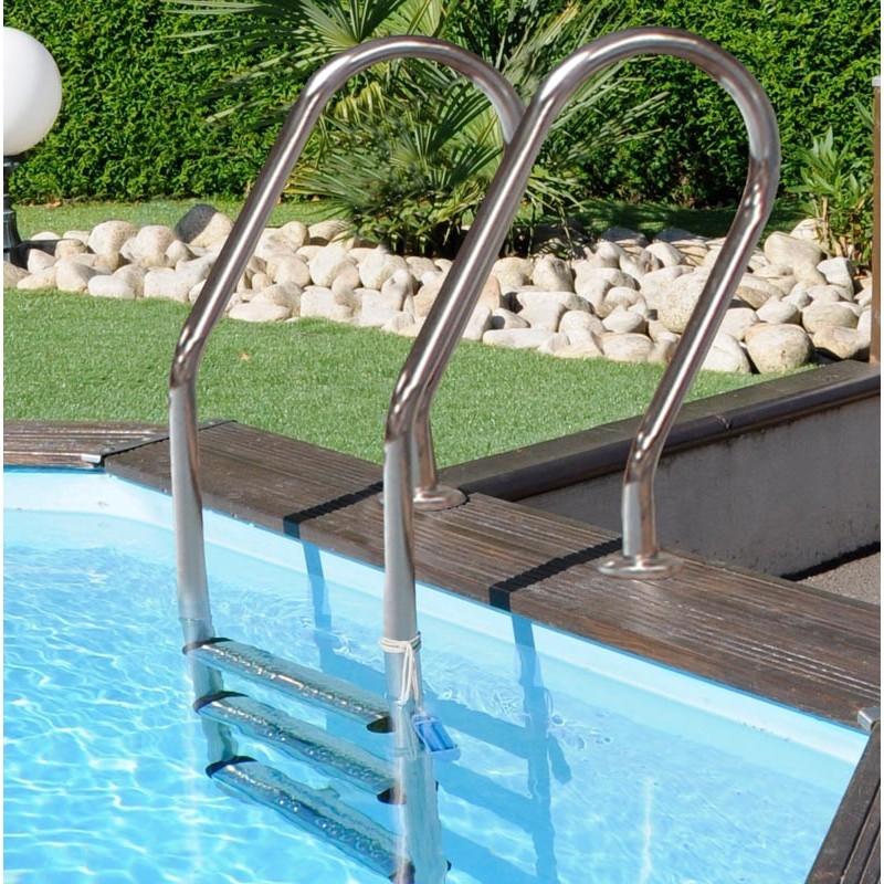 Escalera interior acero inoxidable piscina Macadamia