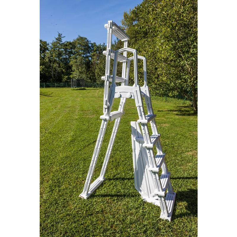 Escalera de seguridad de acero jardín
