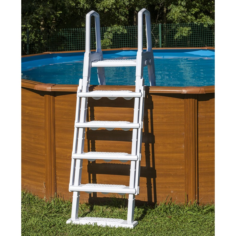Escalera de seguridad de acero piscina