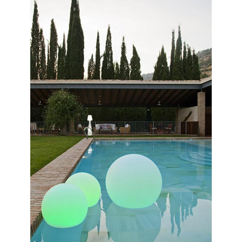 Lámpara Jardín Buly esfera de luz de colores piscina