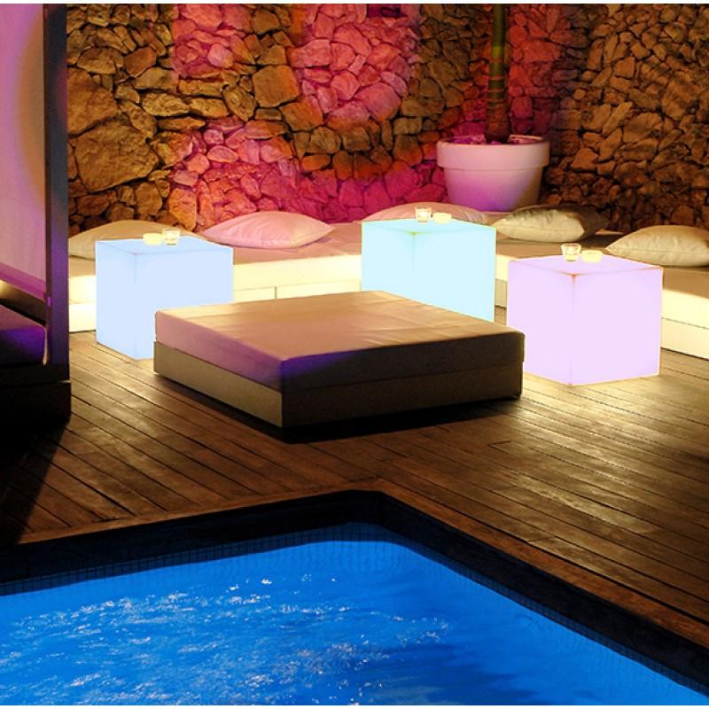 Lámpara Jardín Cuby colores luz LED chill-out