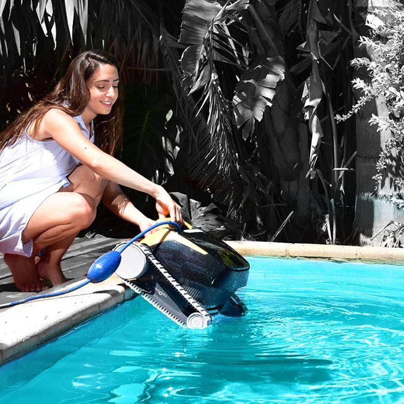 Limpiafondos Dolphin e25 ambiente
