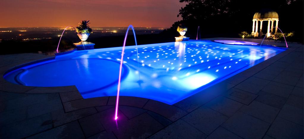 C mo iluminar una piscina outlet piscinas - Luces led piscina ...