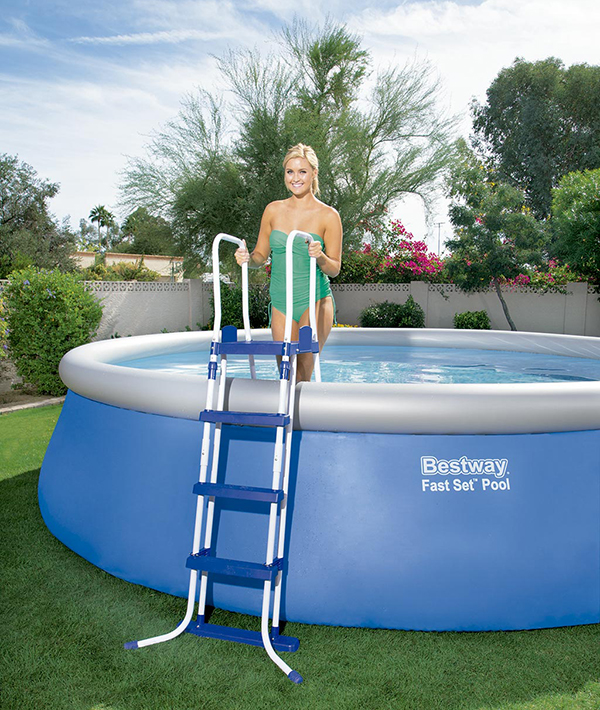 Escalera piscina bestway 122cm 58331 outlet piscinas for Escalera piscina